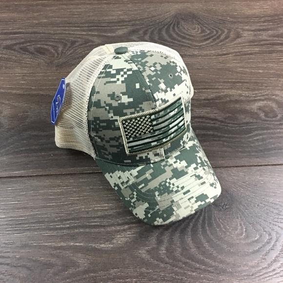3499d604 Big Bear Accessories | Camo American Flag Mesh Cap Snapback Hat ...